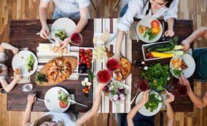 【自律神経失調症の吐き気】薬膳講師が教える、良い食べ物と食事方法は?